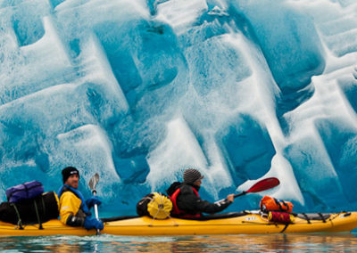 Groenlandia kayak y trekking frente glaciar