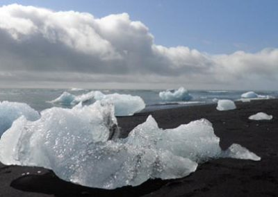 Islandia playa diamantes icebergs