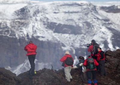 Islandia_Vuelta _primavera_montañas