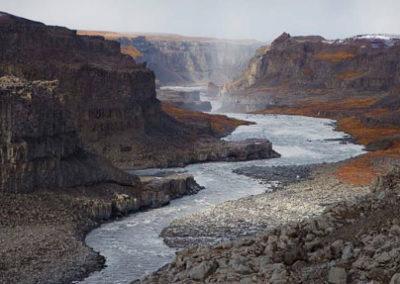 Islandia vuelta primavera cascadas valle