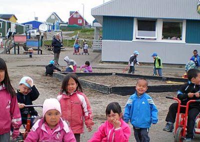 Groenlandia inuits jugando
