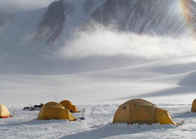 Campamento_Monte_Vinson1