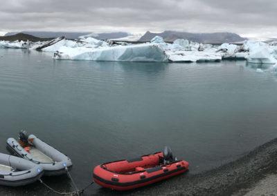 Jokulsárlón-Islandia icebergs zodiak excursión