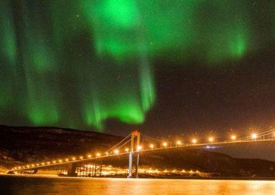 viaje de auroras boreales en otoño en Lofoten