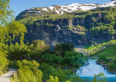 fiordos-noruegos-verano tierras polares coche de alquiler a tu aire