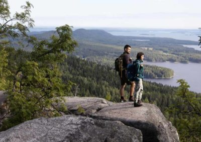 lagos-finlandia-coche de alquiler tierras polares