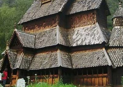 noruega iglesia vikinga de madera viaje fiordos