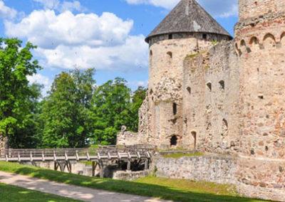 Castillo de Cesis en Letonia