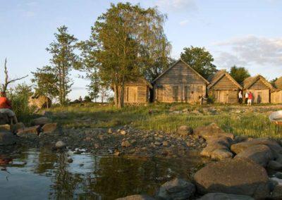 Ruta en coche de alquiler con visita al Parque Nacinal de Laahemaa en Países Bálticos