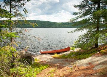 Canoa-lago-Canada-Ontario