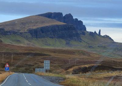 Isla de Skye en Escocia, viaje en coche de alquiler.