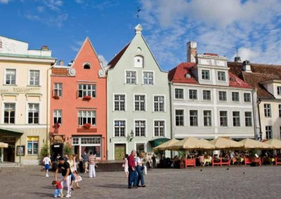 Tallin en Estonia, viaje en coche de alquiler