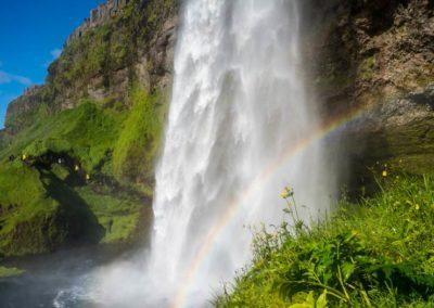 Circuito en Islandia con vuelo y hotel, visita a las cascadas de la costa sur.