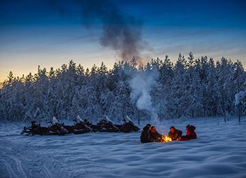 Motonieve en Laponia sueca